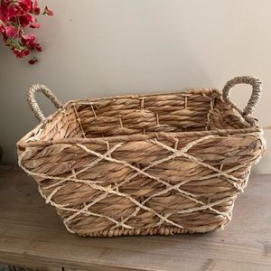Other - Large rustic woven basket bin farmhouse NEW